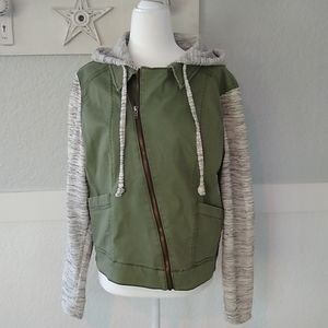 Mossimo army jacket, knit sleeves/hood. Zips, XL
